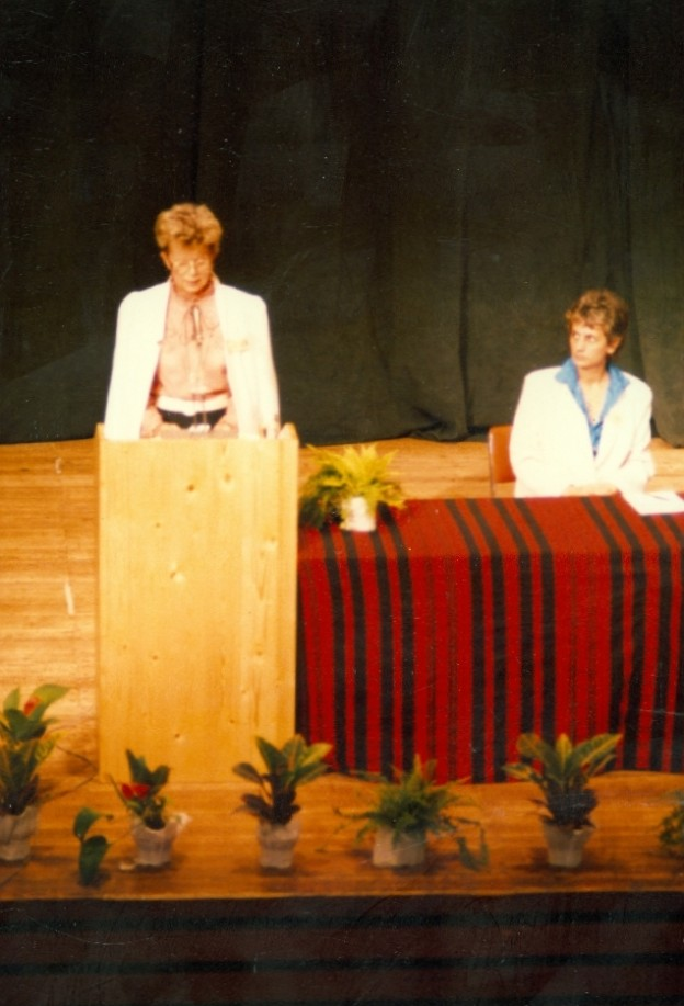 1987-08-07_zaro_plenaris005_papay_laszlone